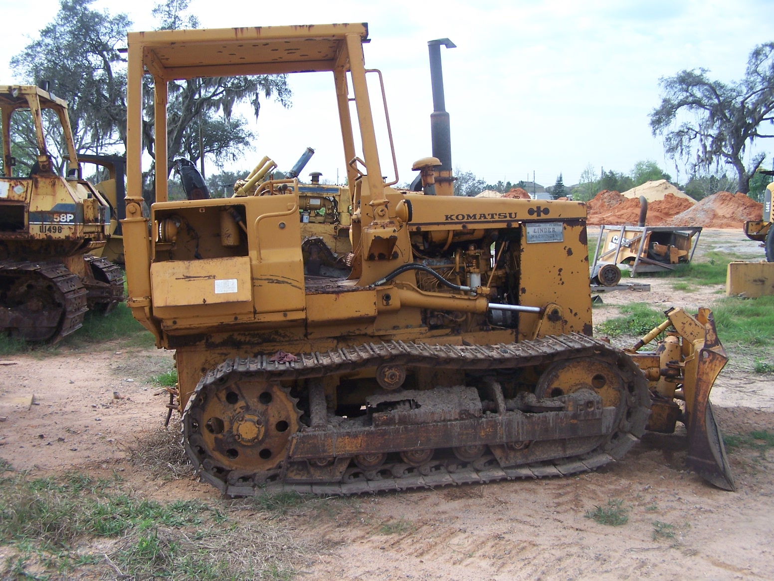 Komatsu D31A-16 Parts | Southern Tractor