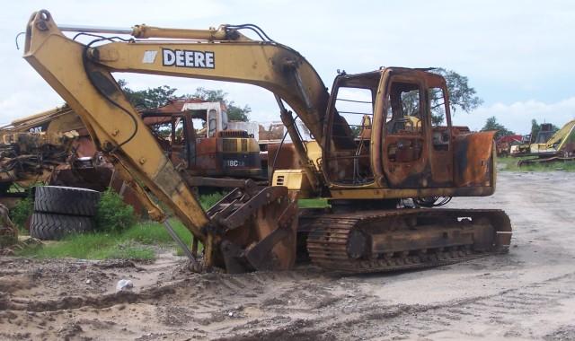 John Deere 120LC Parts