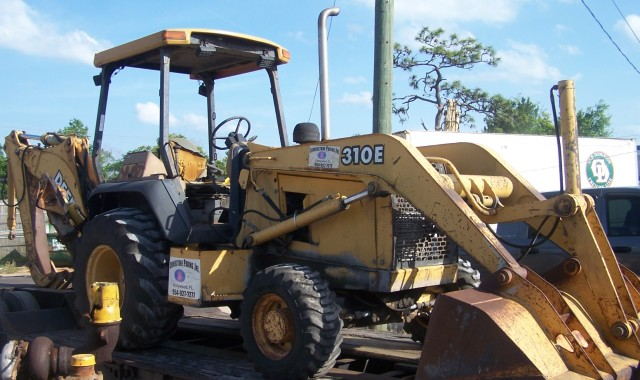 John Deere 310E Parts