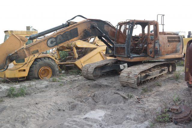 Case CX210D Parts