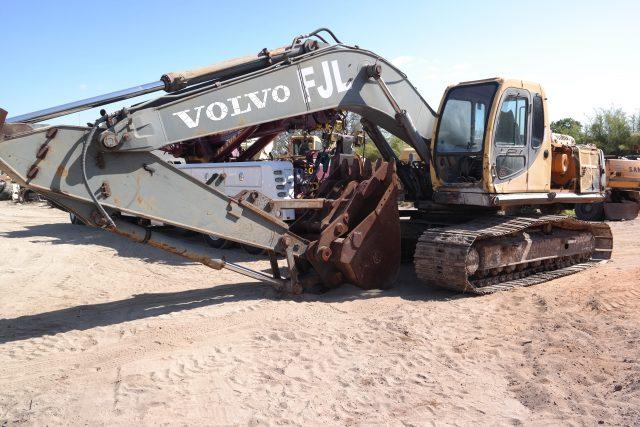 Volvo EC240B Parts