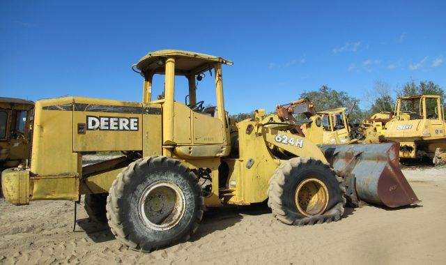 John Deere 624H parts